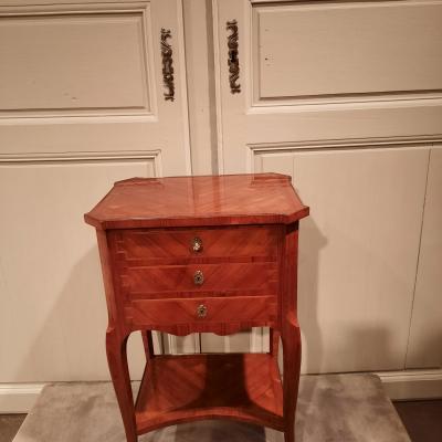 Chiffonnière écritoire en marqueterie de bois de rose, d'époque XIXème siècle.